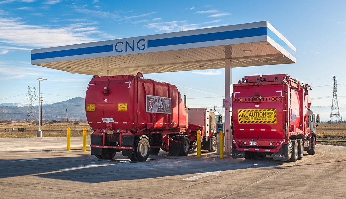 Photo Environmental Initiative Cng Detail Trucks